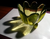 Green Glass Flower Pedal Bowl Candle Holder Candy Coin Dish
