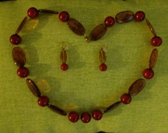 Elegant Red and Brown Necklace and Earring Set
