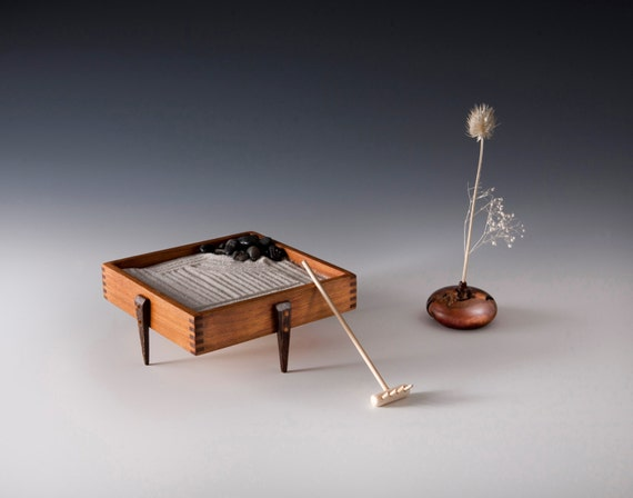 Table top zen garden by woodenaddictions on etsy for Table zen garden