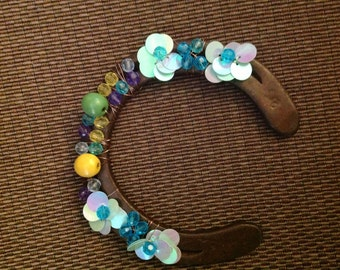 Hand made wood and crystal beaded horse shoe, step