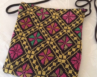 Bedouin embroidered: bags and purses