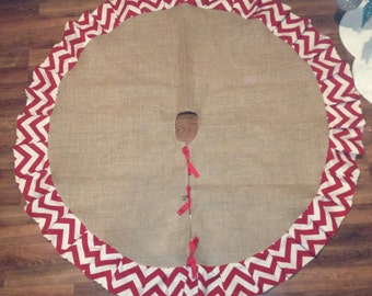 "60"" Burlap tree skirt with chevron ruffle"