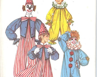 Simplicity 7162  Boy's and Girls' Clown Costume  ID366