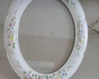 Oval Ceramic Picture Frame - Embossed Floral Design