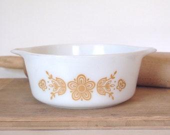 Vintage Pyrex Casserole Dish 472B  Small Butterfly Gold  750 ml 1960's Opal Pyrex Milk Glass  Mid Century Kitchen Kitchenalia
