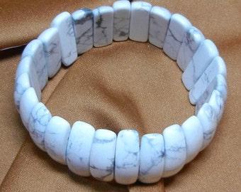 077-1.  1 Piece Gemstone - White Howlite Stretch Bracelet