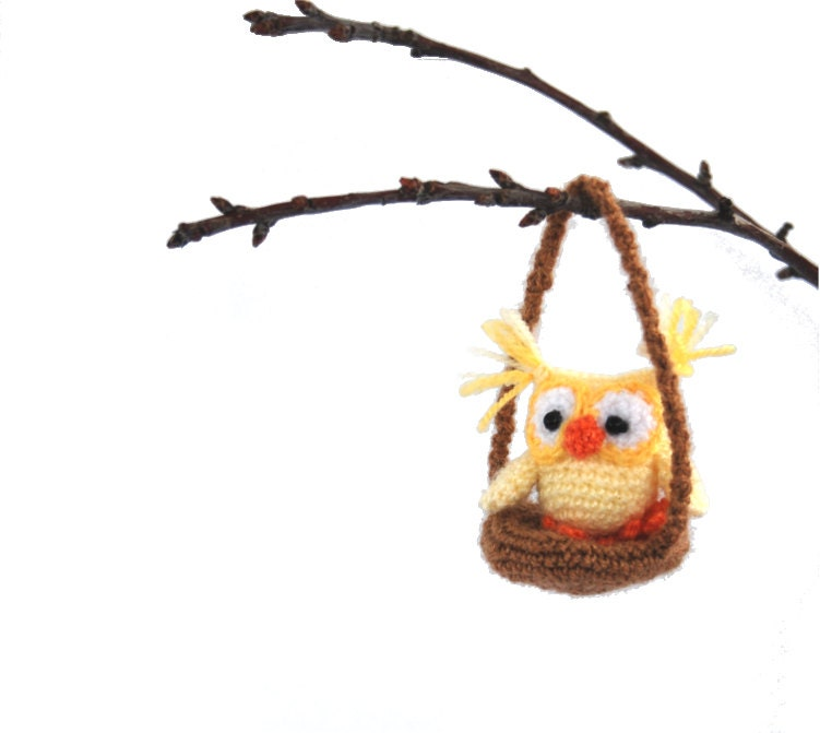 Miniature crochet owl to decor your home amigurumi little for Owl decorations for the home