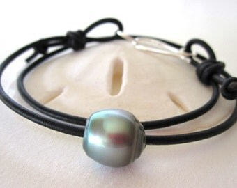 Tahitian Pearl Leather Bracelet, Leather and Pearl Choker Necklace, Leather Pearl Wrap Bracelet, Black Pearl Necklace, Pearl Leather Jewelry