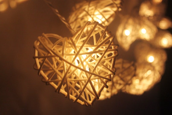 Rattan Hearts String Lights : 20 LED White Hearts valentine Rattan ball string lights for