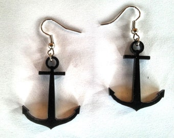 "Couple of earrings ""Anchor"" in shiny black plexiglass."