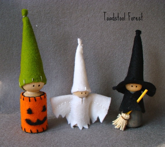 Waldorf Inspired Trick or Treaters ~ Witch, Jack O Lantern, Ghost peg dolls ~ Halloween Gnomes ~ Story Telling Props ~ Black, Orange & White