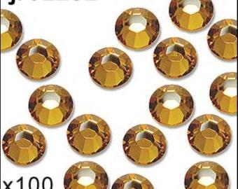 1 pack of 100 topaz diamante. Hot fix. Size 3mm/ss10. JR02282