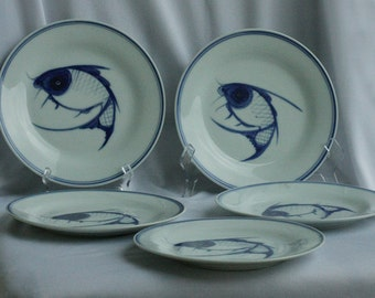 5 beautiful Chinese export blue and white  fish  plates