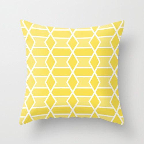 Modern Yellow Pillow : Yellow Geometric Pillow // Modern Throw Pillow // Modern Home