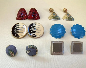 vintage earrings in group of six pair Lot 5E