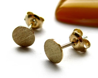 Earstuds, round plate 6mm