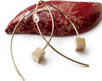 Fish earrings, cube