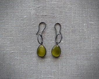 Tear earrings Black
