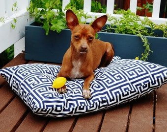 Dog Bed Cover, Your choice of color, Navy White Pet Bed, Large / Extra Large, bed for a puppy, matching pillow covers