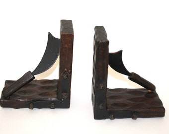 Medieval Weapons Bookends , Vintage Wood Bookends , Medieval style Weapons Bookends , Made in Spain , Wooden Bookends With knives , Unique