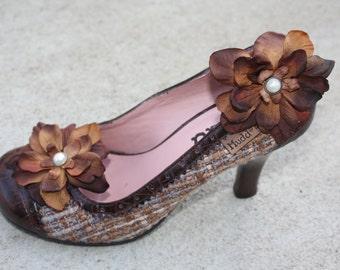 Brown Flower Shoe Clips-Toddler Flower Shoe Clips-Women/Bridal Flower Shoe Clips-Brown/Pearl