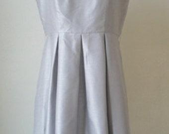 Vintage 1950s Gray silk Taffeta Party Dress.