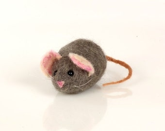 Mouse Needle Felting Kit