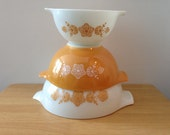 Vintage Pyrex Butterfly Gold Cinderella Mixing Bowl Set