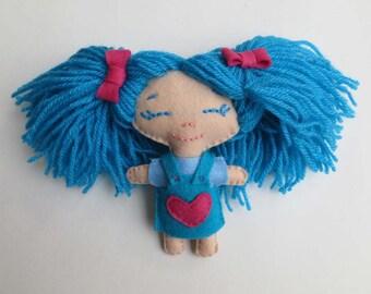 mini dool blue on felt