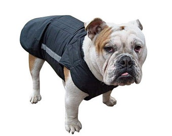 Bulldog Winter dog coat with underbelly protection - Dog Jacket - Custom made Dog Raincoat - Waterproof / Fleece -  MADE TO ORDER