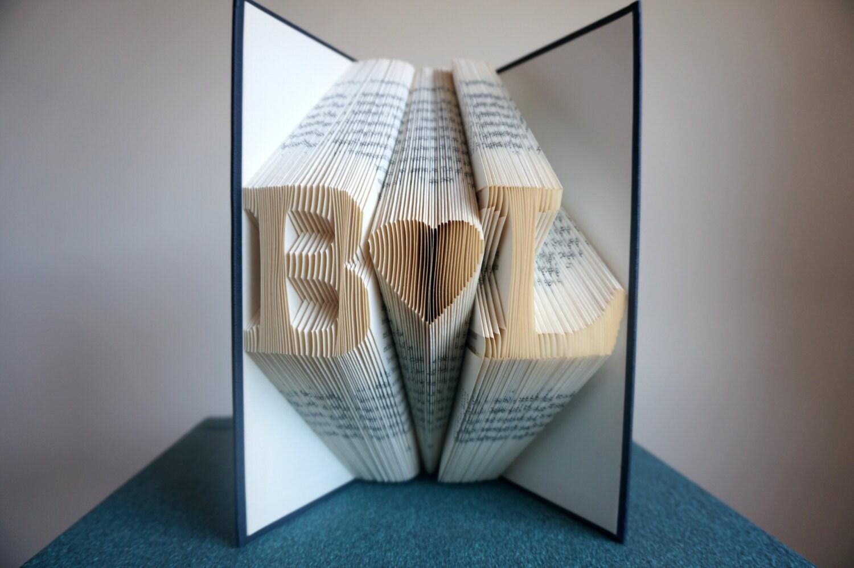 gefaltet buchkunst jahrestag geschenk 1st jahrestag von bookart88. Black Bedroom Furniture Sets. Home Design Ideas
