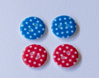 Plastic spot button