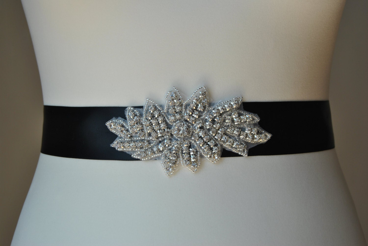 Rhinestone sash bridal sashwedding dress sash belt for Wedding dress sash with rhinestones