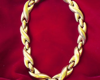 Vintage Gold Tone Link Necklace