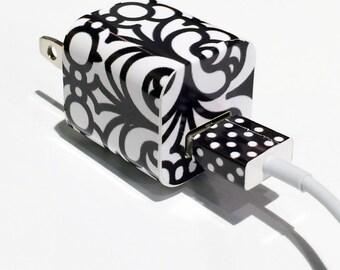 TechTattz Black and White Geo Print USB Charger Decal Skin Wrap Sticker
