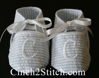 Monogrammed Baby Shoes/Booties - In The Hoop - Machine Embroidery Design Download (Plain Baby Shoes Included) - (3-6 month size)