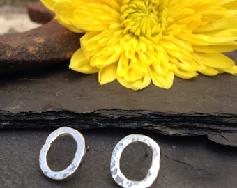 British Handmade little hammered silver 'O' earrings