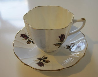 Vintage CROWNFORD Tea Cup and Saucer Fine Bone China Gilding Made in England E593z