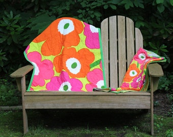 Bright and Bouncy Poppies Marimeko Baby Quilt