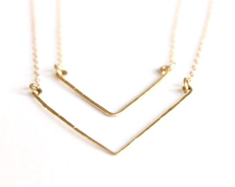 Chevron Necklace Set - 14k Gold Necklace Hand Forged - Hammered Metal Necklace - Delicate Chevron - Layered Necklace - Bridesmaids Chevron