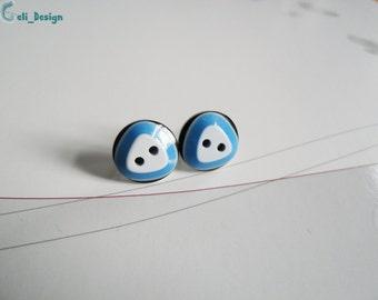 Ear plug knob triangle blue white