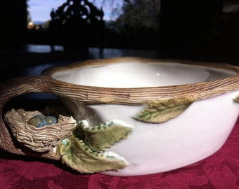 "Adorable Majolica 2 Handle Bird Nest Twig Leaf Hand Painted Artisan Bowl 10x5"""