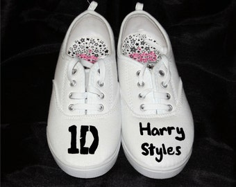 Logo and name  Harry Styles  Niall Horan  Liam Payne  Zayn Malik    Zayn Malik Name Logo