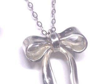 Sterling Silver Bow Pendant with chain