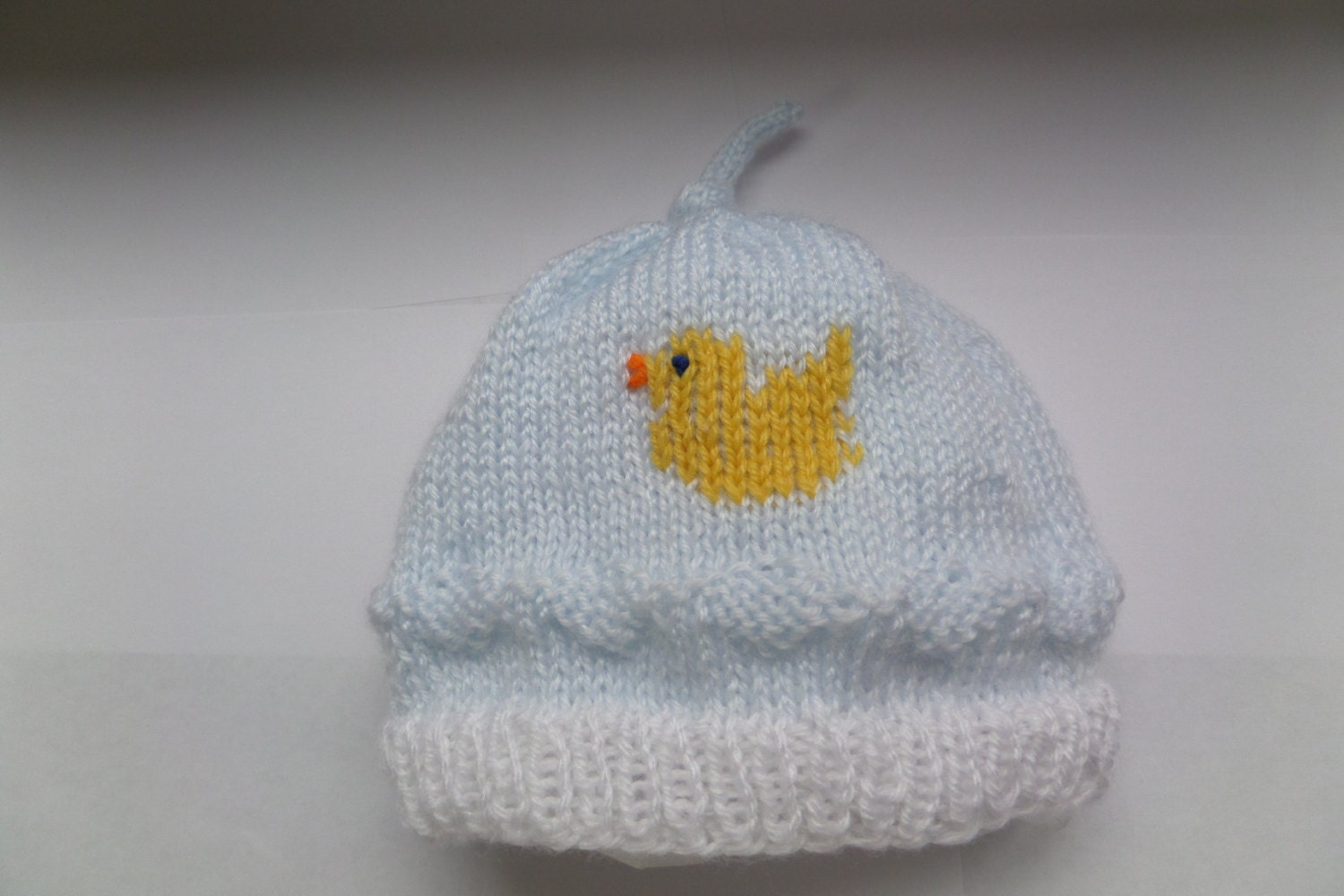 Knitting Pattern For Duck Hat : Baby Boy Hat with Embroidered Duck. Hand knit Powder Blue