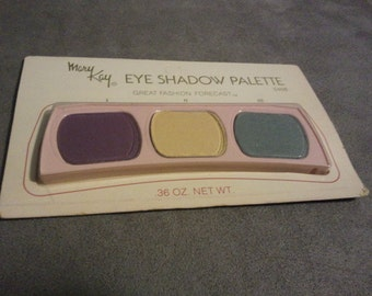 Mary Kay Eyeshadow Palette Great Fashion Forecast 0466 Vintage RARE