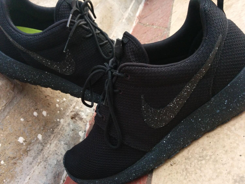 Nike roshe run Oreo v.1 by CleanKickCustoms on Etsy