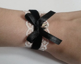 Black Bell Bow Bracelet Lace Lolita Goth White french maid cosplay
