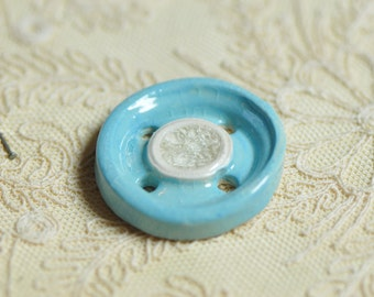 doris, ceramic button