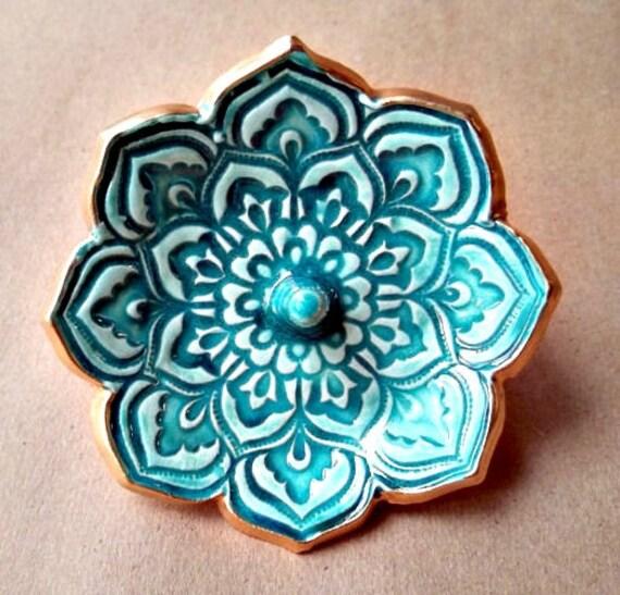 Ceramic Lotus Ring Holder Bowl  gold edged Malachite Green 3 1/4 inches round